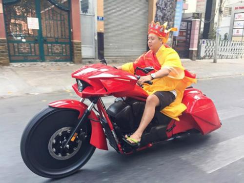 duong-tang-chay-mo-to-khung-2