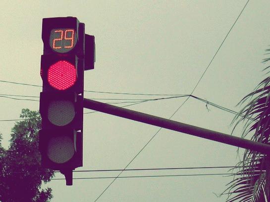đèn đỏ 2saigon