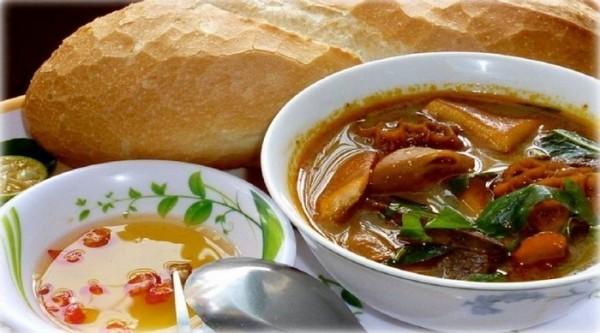 Phá lấu là món ăn du nhập từ Trung Hoa - Ảnh: radiocamxuc