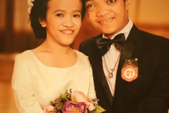 Hình cưới của anh Lượng và chị Đào.