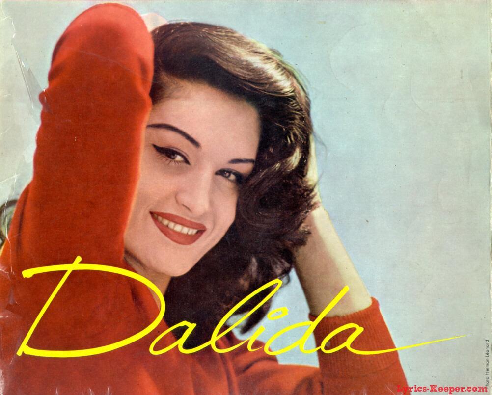 giai điệu ấm áp từ đôi môi hồng Dalida