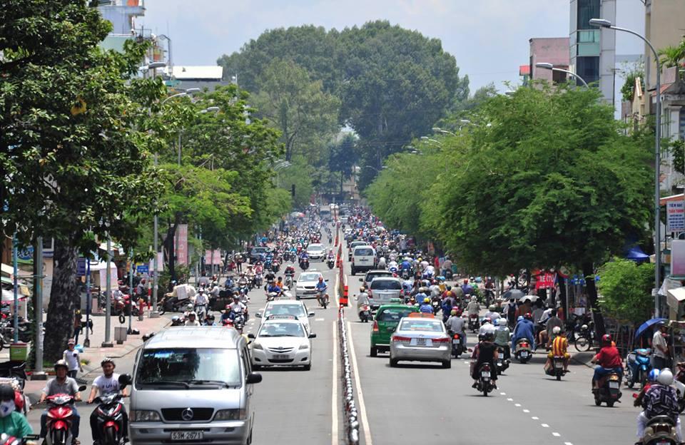 Đường Hàng Bàng, ngày nay là Đinh Tiên Hoàng thuộc Bình Thạnh. Ảnh: Nguyễn Đình