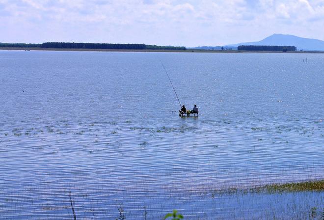hồ Dầu Tiếng-11