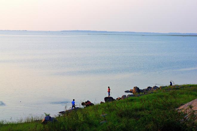 hồ Dầu Tiếng-2