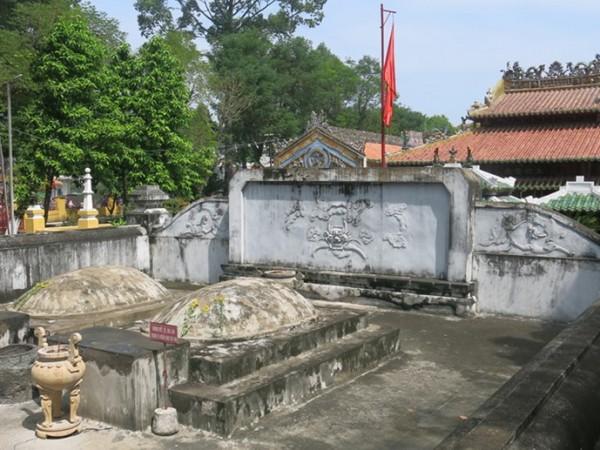 Khu lăng mộ Lê Văn Duyệt