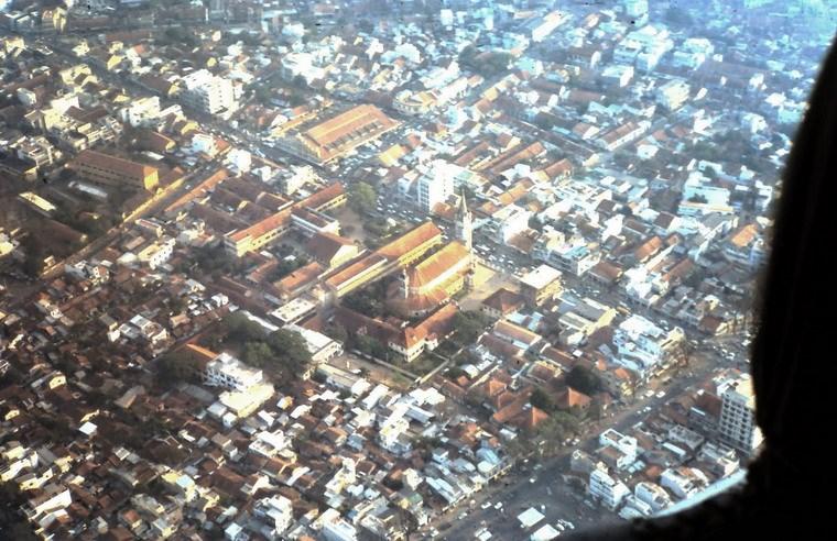 Nhà thờ Tân Định và chợ Tân Định.
