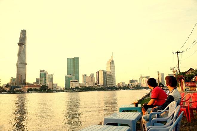 Cà phê cũng là chất xúc tác cho những ca khúc viết về Sài Gòn như Sài Gòn cà phê sữa đá.