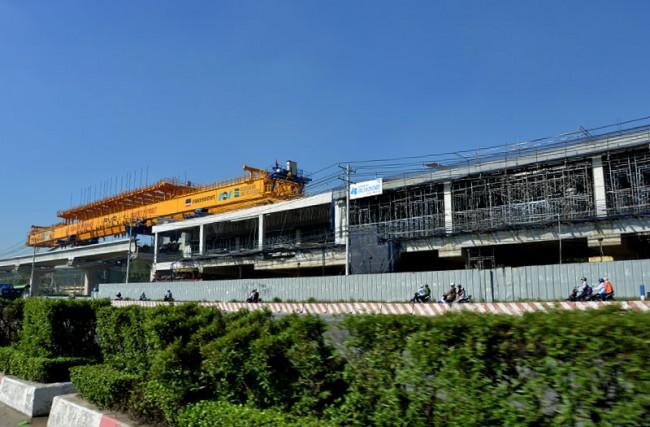 Hiện đã có 3 nhà ga của tuyến metro được hình thành