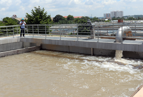 Nước mặm xâm nhậpkéo dài có thể khiến các nhà máy nước ngưng trệ hoạt động. Ảnh:H.C