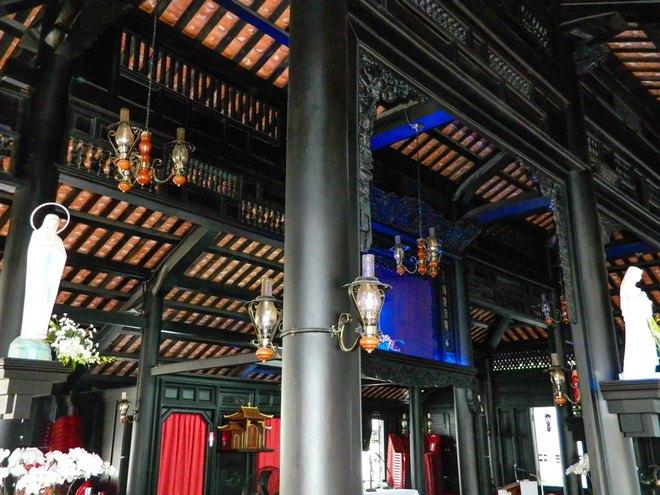 Sài Gòn - nhà cổ 200 tuổi 8