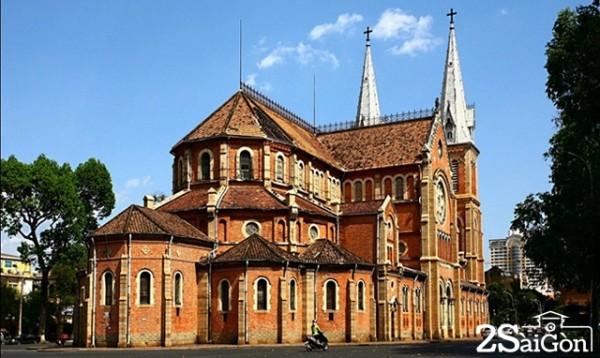 Nhà thờ Đức Bà - địa điểm chụp ảnh lý tưởng. Ảnh: Internet