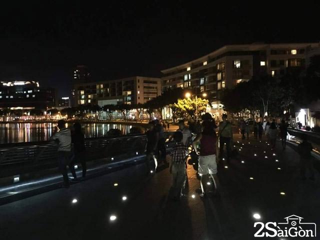 Cầu Ánh Sao - điểm hẹn hò quen thuộc của các cặp đôi Sài Gòn. Ảnh: Internet