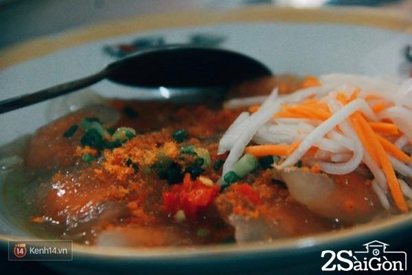 sài gòn - món ăn ngay trường ĐH KHXH&NV 12