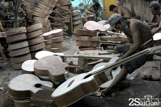 sài gòn - xưởng làm đàn guitar 1