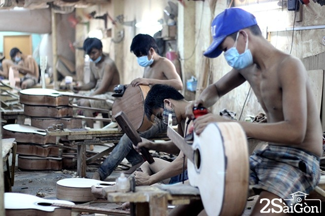 sài gòn - xưởng làm đàn guitar 9