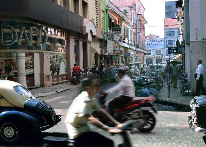 Bộ ành so sánh Sài Gòn xưa và nay 2