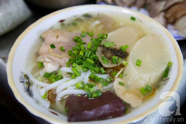 4 quán ăn đêm mở đến 3, 4 giờ sáng cho đêm mất ngủ ở Sài Gòn 14