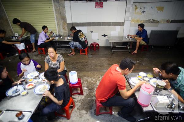 4 quán ăn đêm mở đến 3, 4 giờ sáng cho đêm mất ngủ ở Sài Gòn 18