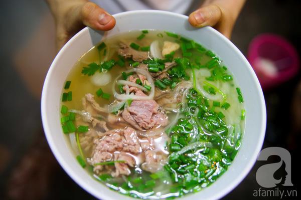 4 quán ăn đêm mở đến 3, 4 giờ sáng cho đêm mất ngủ ở Sài Gòn 4