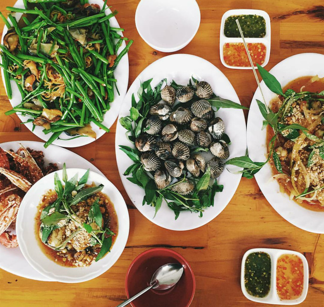 5 quán ốc vừa rẻ vừa ngon cực hút khách ở Sài Gòn 30