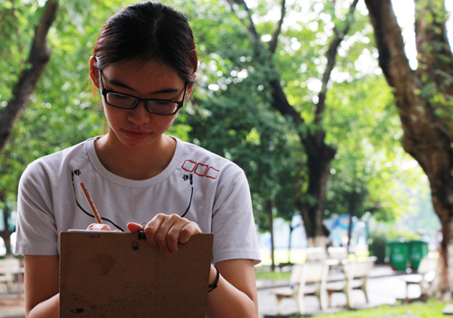 Bức tranh giúp nữ sinh Sài Gòn được điểm 10 môn Vẽ 1