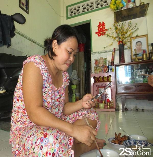 Gia đình 4 chị em ruột mưu sinh bằng nghề xe ôm ở Sài Gòn 2