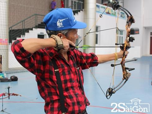 Giới trẻ Sài Gòn thích thú với trải nghiệm bắn cung 4