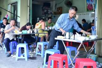 Lưu ý khi ăn sáng đường phố ở Sài Gòn