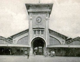 Một cô gái đánh cọp ngay lễ mở chợ Bến Thành 1914 1