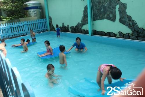Một ngày học hòa nhập của trẻ tự kỷ Sài Gòn 1