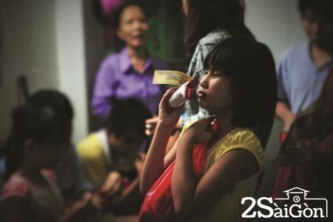 ngắm nhìn khoảnh khắc cuộc sống của những em nhỏ mồ côi giữa Sài Gòn 5