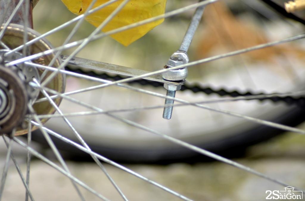 Ngộ nghĩnh xe đạp nằm tự chế trên đường phố Sài Gòn 8