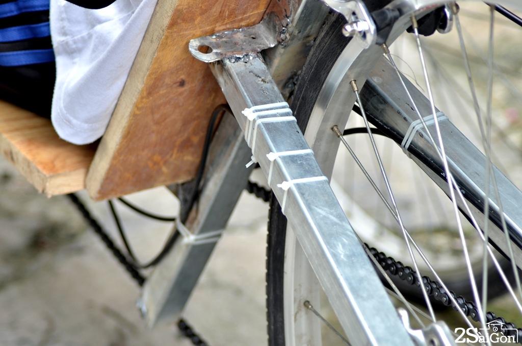 Ngộ nghĩnh xe đạp nằm tự chế trên đường phố Sài Gòn 9