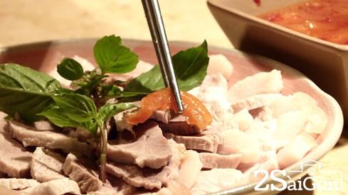 Những quán cơm ấm áp hương vị quê nhà ở Sài Gòn 2