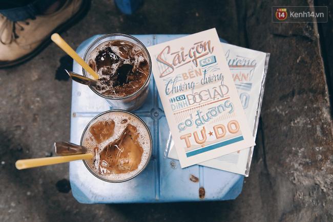 Quán cà phê vợt lâu đời mỗi năm chỉ đóng cửa 10 phút ở Sài Gòn 1