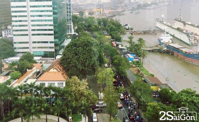 Cơn mưa chiều 26-8 tại TP.HCM. Ảnh: FB TRỊNH ĐÌNH LÊ MINH