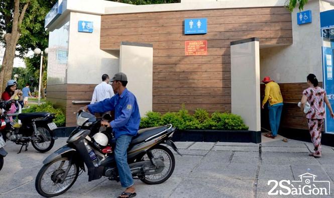 Sài Gòn 'phủ sóng' nhà vệ sinh công cộng 1