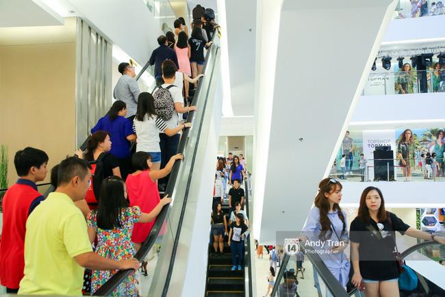 Có gì ở Takashimaya - trung tâm thương mại hot nhất Sài Gòn 23