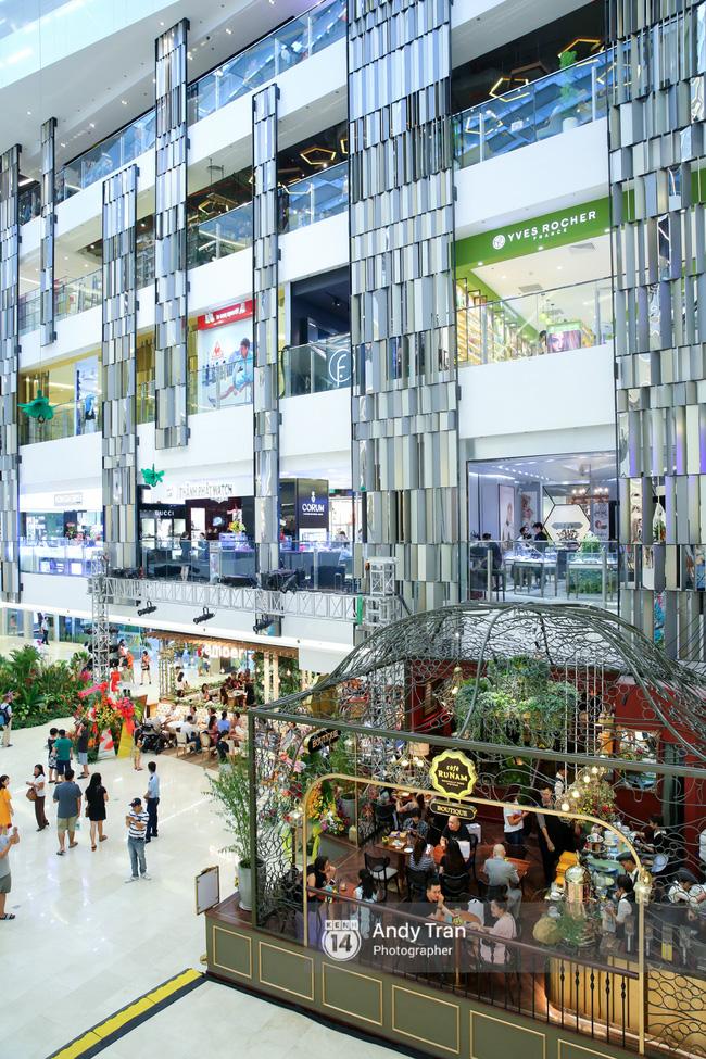 Có gì ở Takashimaya - trung tâm thương mại hot nhất Sài Gòn 8