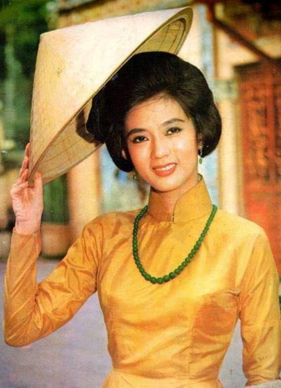 Tứ đại mỹ nhân tài sắc vẹn toàn nứt tiếng Sài Gòn xưa 4