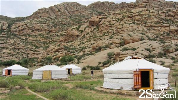 Những khu trại được mô phỏng theo đời sống của người dân Mông Cổ trên thảo nguyên.