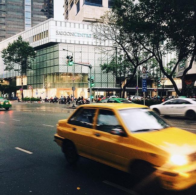 Có một Sài Gòn xinh xắn, bình yên qua ống kính Instagram của 4 bạn trẻ 26