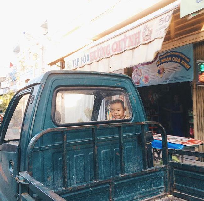 Có một Sài Gòn xinh xắn, bình yên qua ống kính Instagram của 4 bạn trẻ 28
