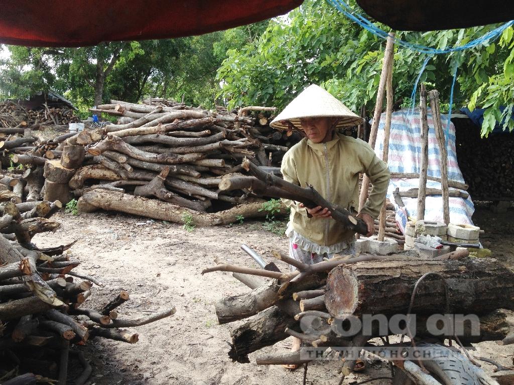Xóm mót củi còn sót lại ở Sài Gòn 5