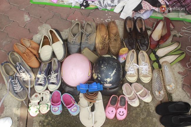 Từ giày dép...