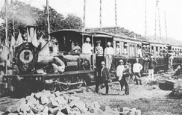 """Chuyến tàu """"mở hàng"""" tuyến Sài Gòn - Mỹ Tho vào ngày 20/7/1885. Ảnh: Maison Asie-Pacifique (MAP)"""