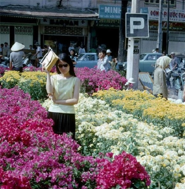 Vào thời kỳ trước 1975, chợ hoa là một trong những điểm tham quan nổi tiếng của Sài Gòn.