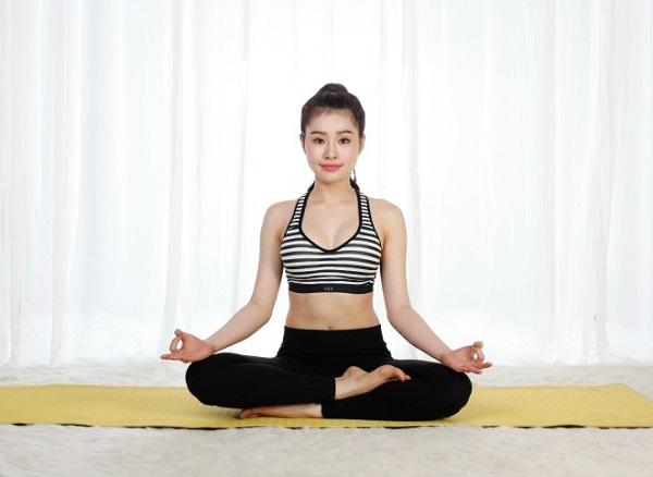 Ban đầu, Ngân chọn lựa yoga không vì mục đích giảm cân bởi thể hình cô vốn đã cân đối và hiếm khi vượt quá 50 kg. Ngân tập luyện vì tò mò và dần dần bị chinh phục bởi những lợi ích mà bộ môn này mang lại.