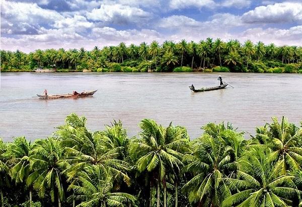 Miền Tây sông nước yên bình và trù phú - Ảnh: Vietfuntravel