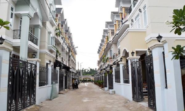 Một dự án nhà phố tại quận 12 có thanh khoản cao trong 12 tháng qua. Ảnh: Vũ Lê